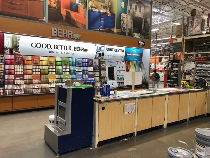 Tienda de las mejoras para el hogar de Home Depot foto de archivo libre de regalías