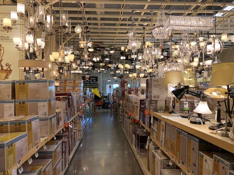 Tienda de las mejoras para el hogar de Home Depot imagen de archivo libre de regalías
