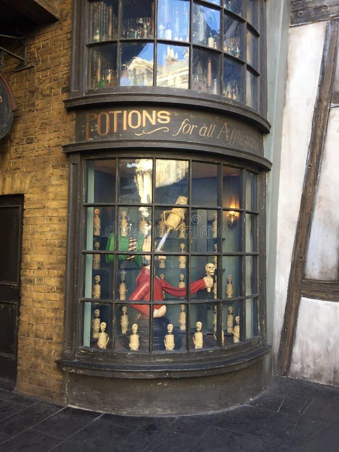 Tienda de las pociones para Harry Potter World, Orlando universal fotografía de archivo libre de regalías