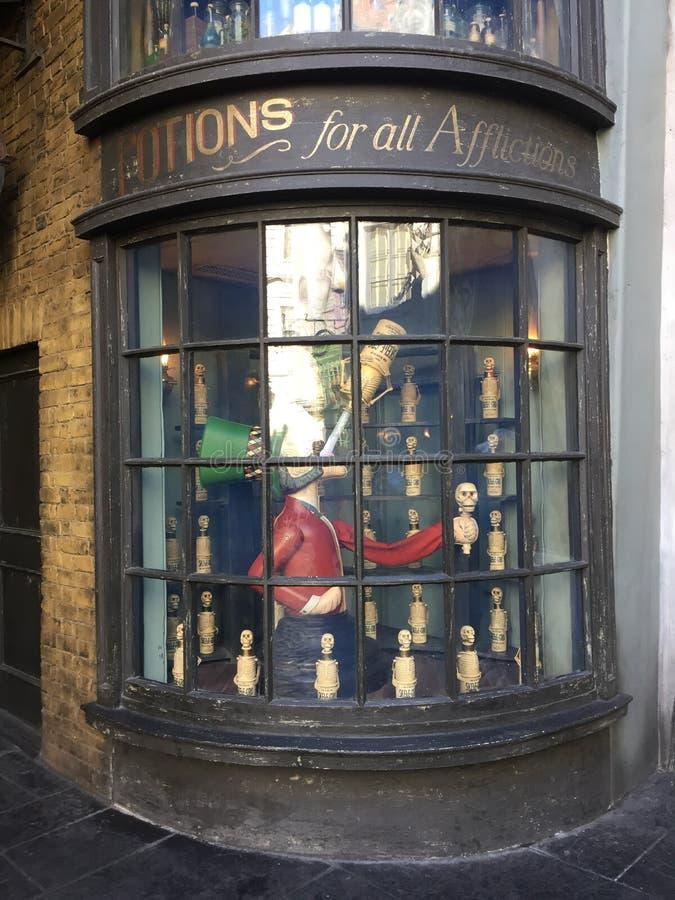 Tienda de las pociones para Harry Potter World, Orlando universal imagen de archivo libre de regalías