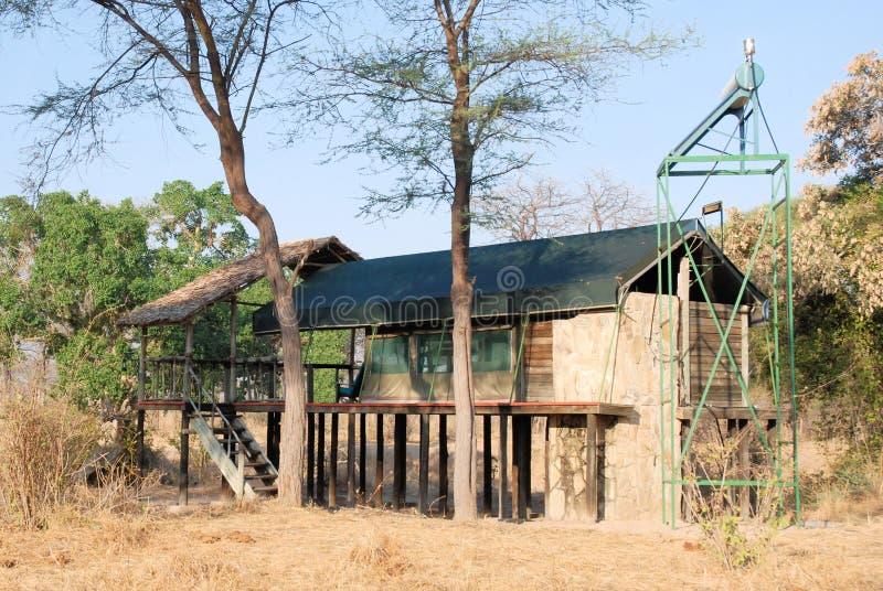 Tienda de lujo del safari cerca del parque nacional de Ruaha, Tanzania fotografía de archivo libre de regalías