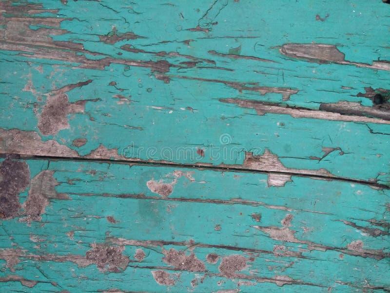 Tienda de madera vieja pintada con la pintura verde fotografía de archivo