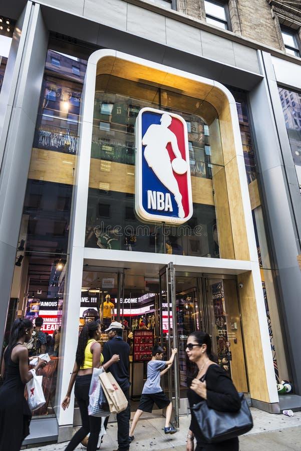 Tienda de NBA en New York City, los E.E.U.U. foto de archivo libre de regalías