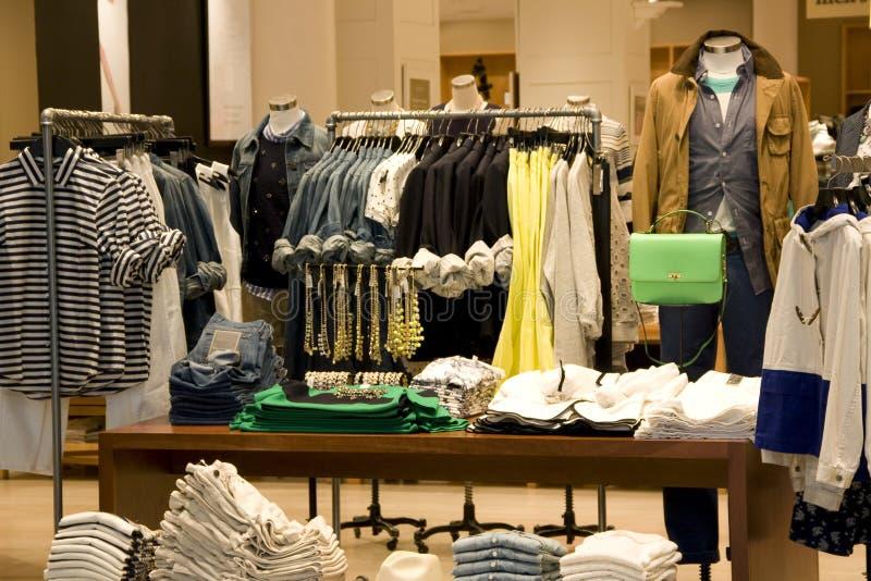 Tienda de ropa foto de archivo