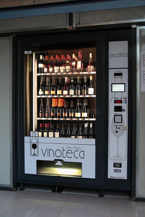 Tienda de vino fotos de archivo