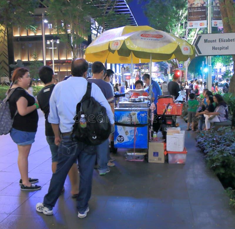 Tienda del helado en el camino Singapur de la huerta imagenes de archivo