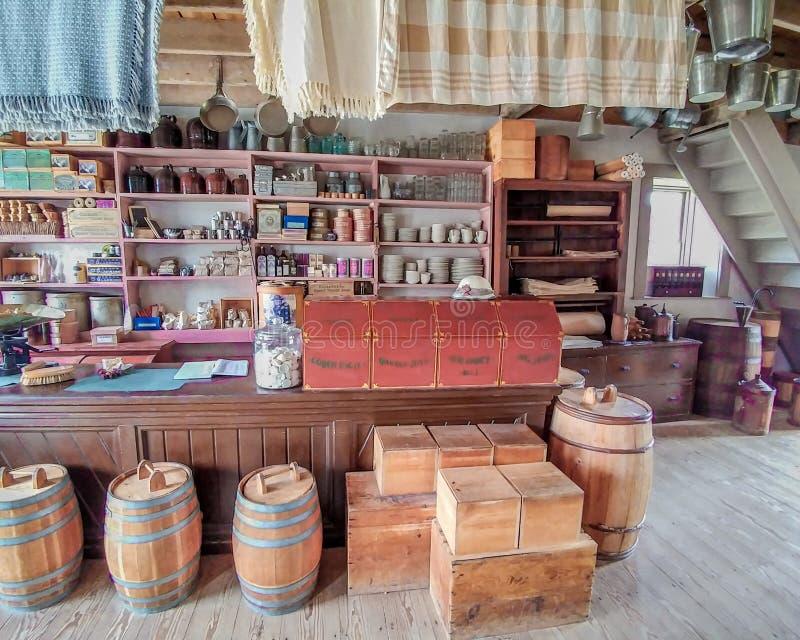 Tienda general pasada de moda - Viejo Mundo Wisconsin fotografía de archivo