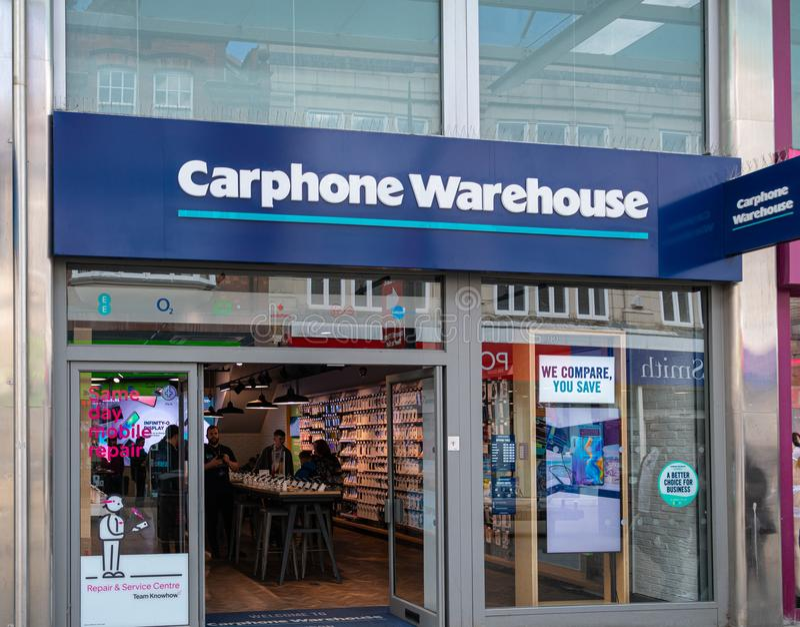 Tienda Swindon del teléfono de Carphone Warehouse imágenes de archivo libres de regalías