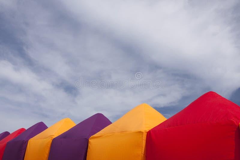 Tiendas coloridas fotografía de archivo