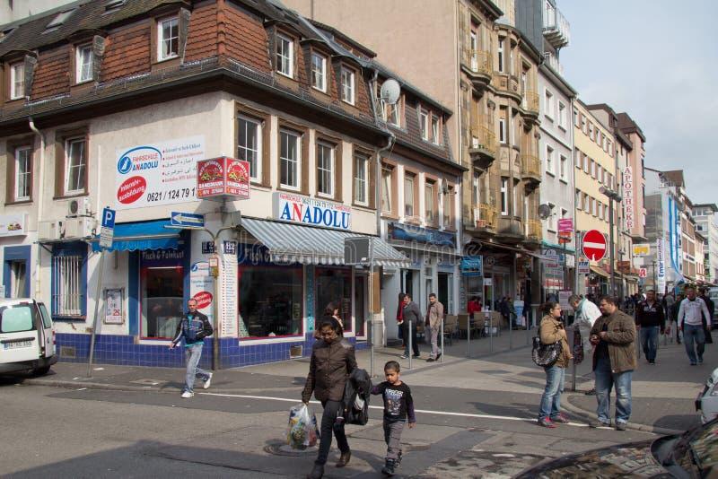 Tiendas de alimentación turcas en Mannheim, Alemania fotografía de archivo libre de regalías