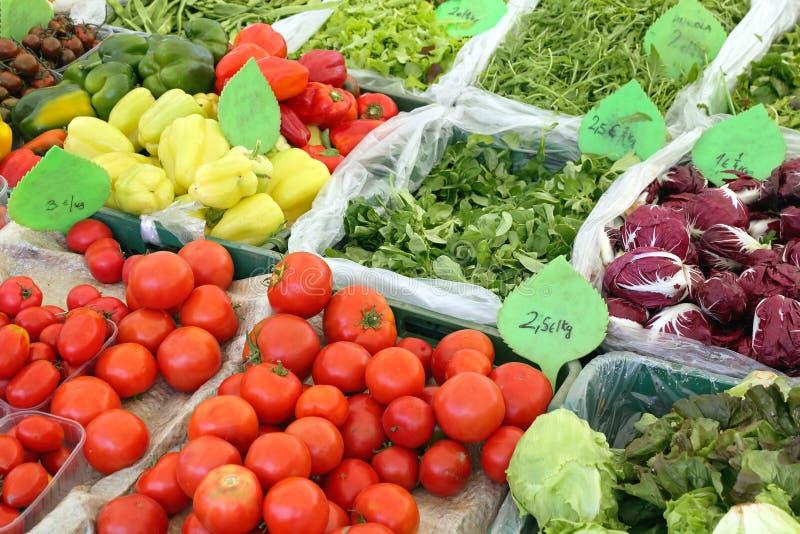 Tiendas de comestibles frescas imagenes de archivo