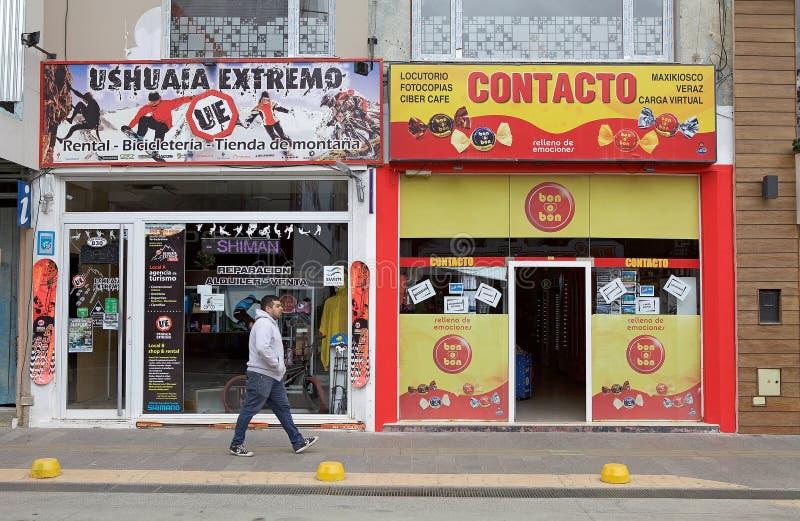 Tiendas en Ushuaia, la Argentina imágenes de archivo libres de regalías