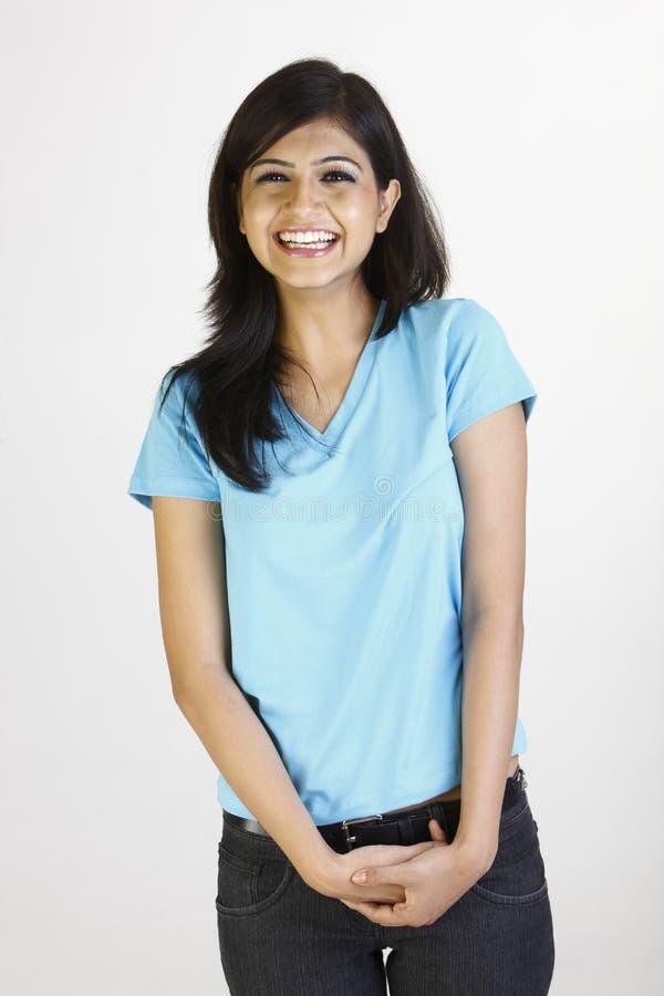 Tiener in blauwe T-shirt stock foto