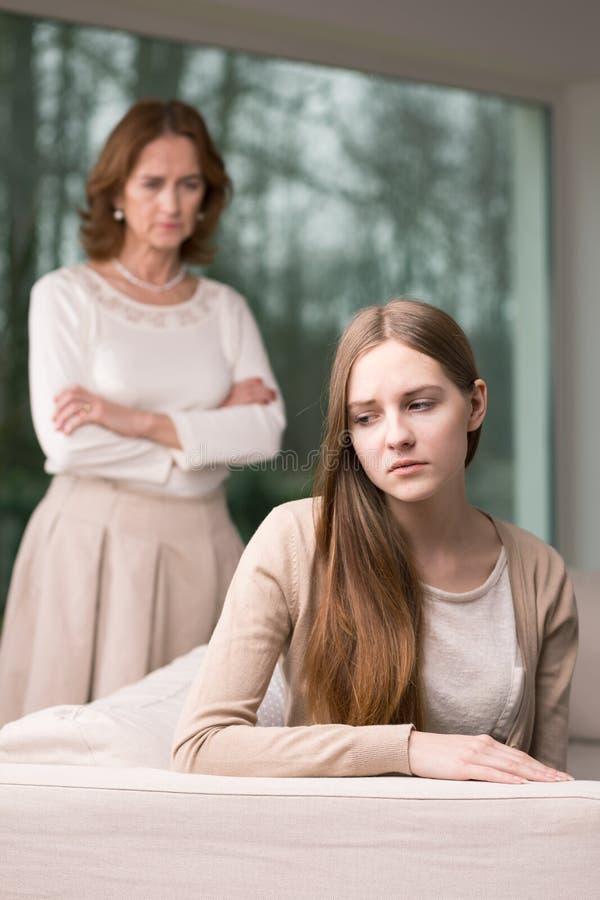Tiener met vrees royalty-vrije stock afbeelding