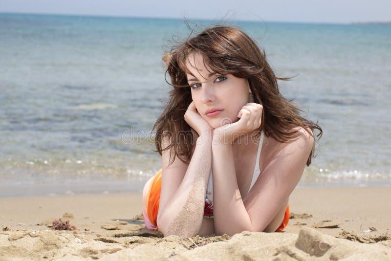 Tiener op het Strand stock afbeeldingen