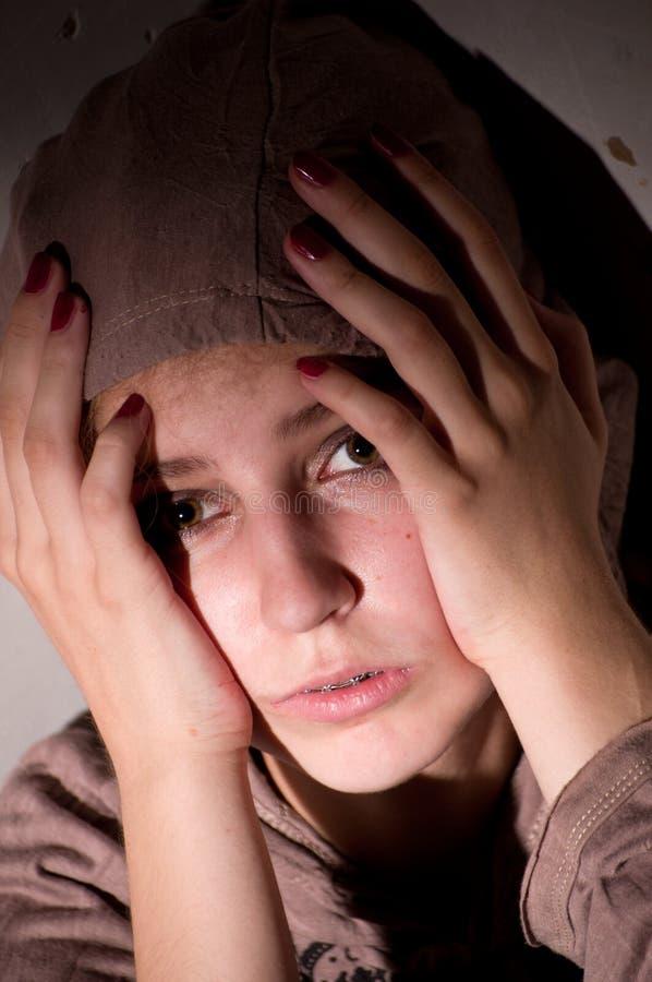 Tiener problemen. Eenzaamheid, geweld, depressie royalty-vrije stock fotografie