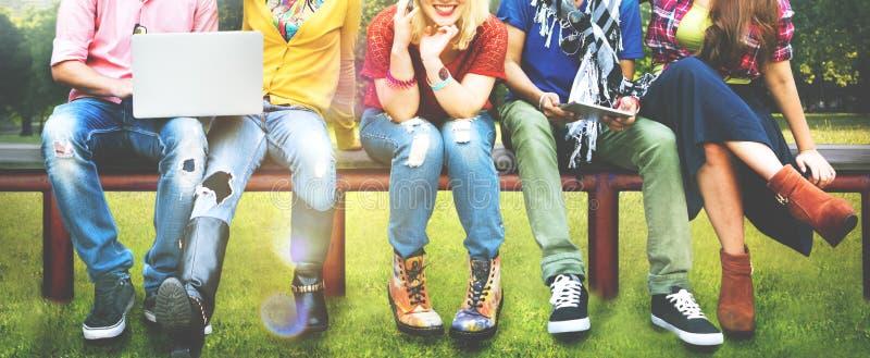 Tieners Jong Team Together Cheerful Concept stock afbeelding