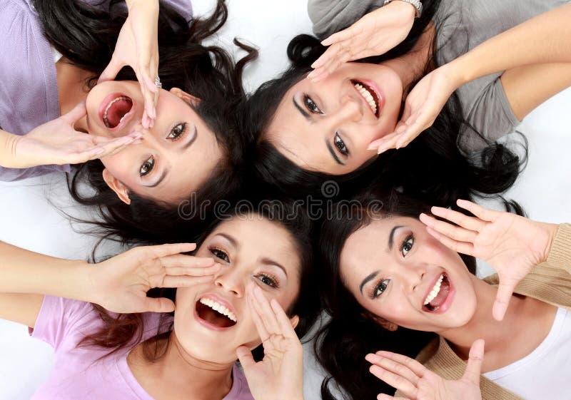 Tieners op de vloer royalty-vrije stock foto