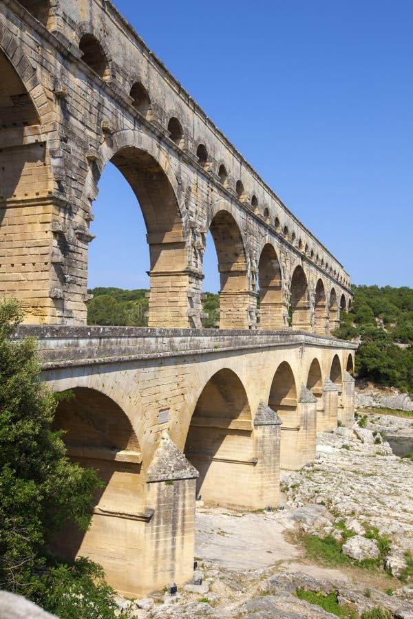 3-tiered мост-водовод Pont du Гар стоковая фотография rf