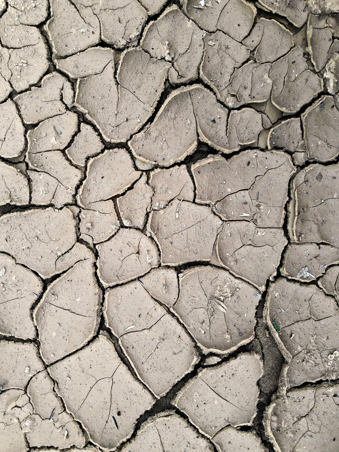 Tierra agrietada seca - sequía imagen de archivo libre de regalías