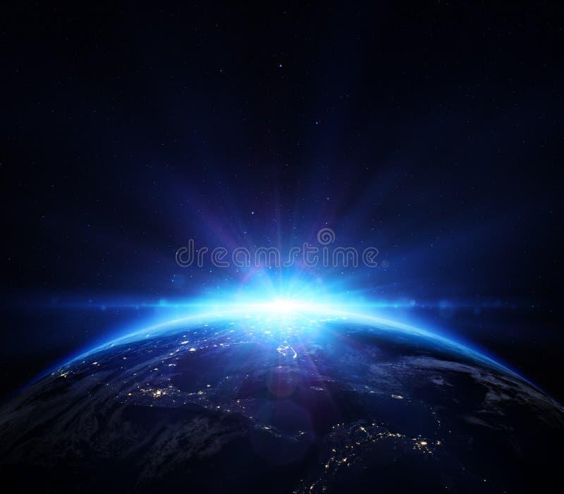 Tierra del planeta con salida del sol en el espacio libre illustration