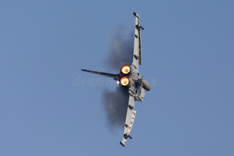 Tifón FGR de Royal Air Force RAF Eurofighter EF-2000 4 ZK343 de ningún escuadrilla 29R basada en RAF Coningsby imagen de archivo libre de regalías