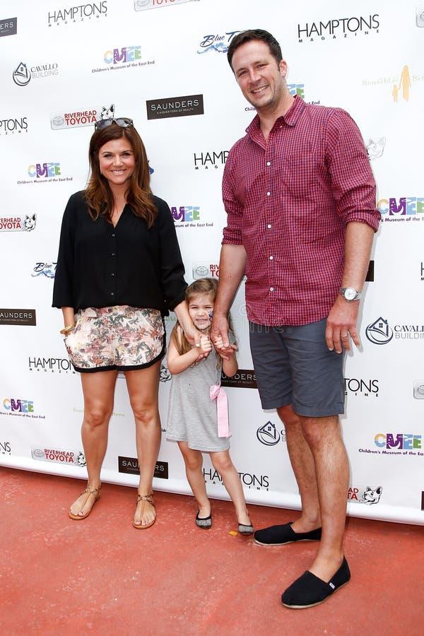 Tiffani Thiessen, Harper Smith, Brady Smith photo stock