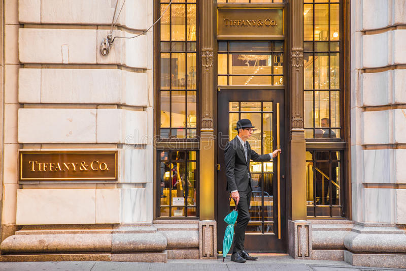 tiffany美国co公司珠宝的银器 NYC 库存图片