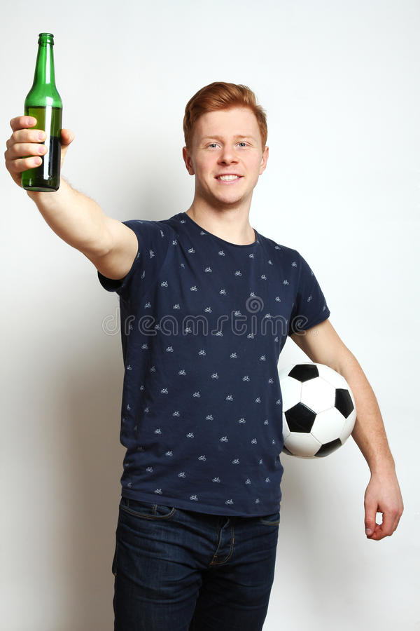 Tifoso con birra immagini stock libere da diritti