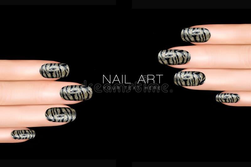 Tiger Nail Art Etiquetas engomadas del esmalte de uñas con el estampado de animales foto de archivo
