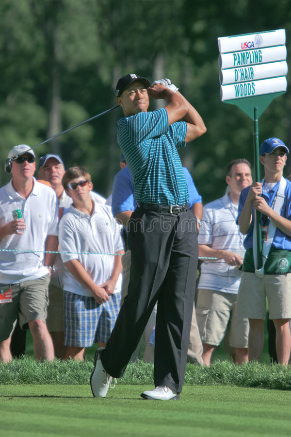 Tiger Woods. MAMARONECK, , NY - JUNE 13: Tiger Woods hits a drive as he plays in the 2006 US Open on June 13, 2006 in Mamaroneck, NY royalty free stock photos