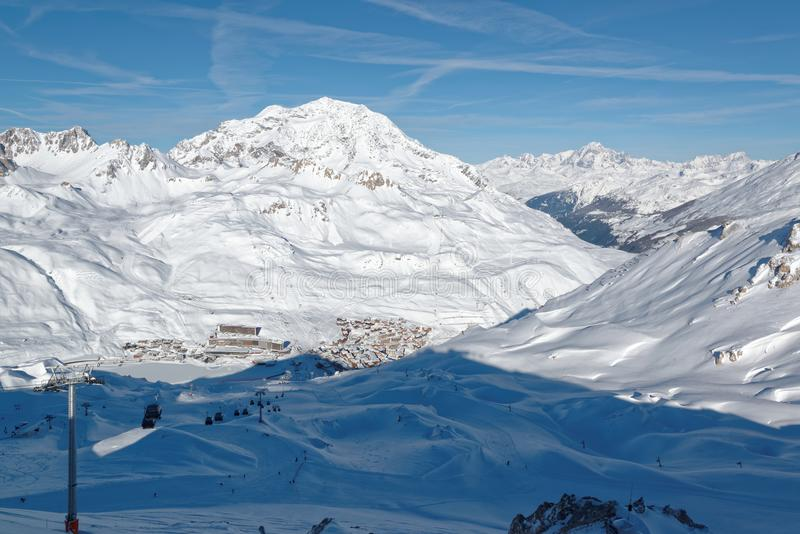Tignes le Gummilacka och Tignes Le Lavachet Ski Resorts i Frankrike royaltyfri foto