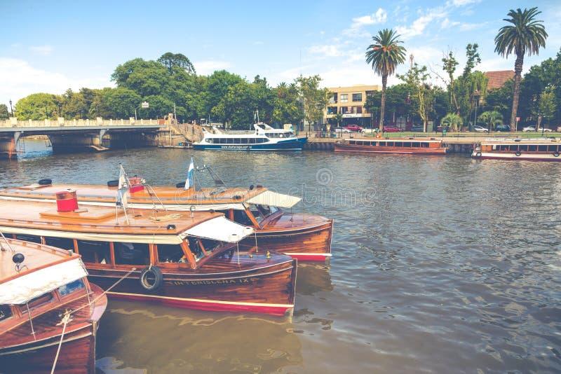 TIGRE ARGENTYNA, STYCZEŃ, - 31, 2018: Morski transport w El T fotografia stock