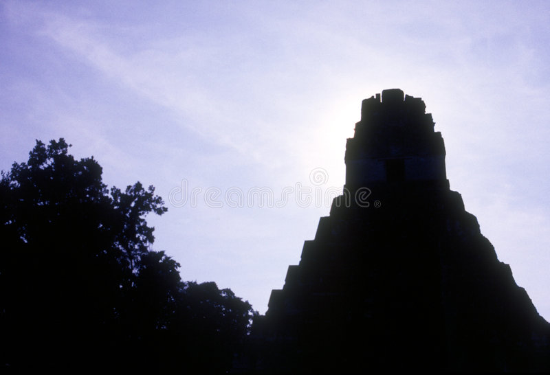 Tikal temple royalty free stock photos