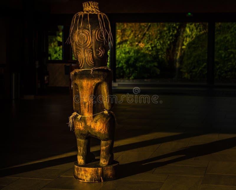 Tiki-sculture lizenzfreie stockfotos