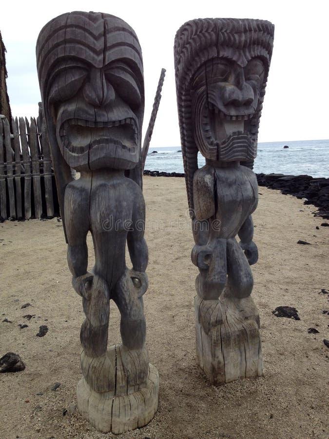 Tikis в Гаваи стоковые изображения rf