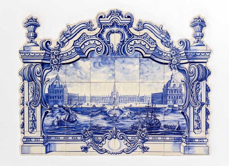Tilework cerâmico lata-vitrificado pintado à mão tradicional português, imagem de stock