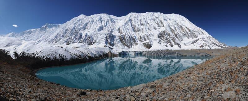 Tilicho See, Nepal lizenzfreie stockfotografie