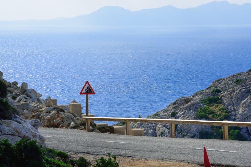 Till locket Formentor med bussen arkivfoto