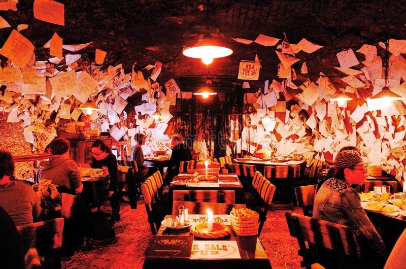 Till salu bar, Budapest, UNGERN arkivfoto
