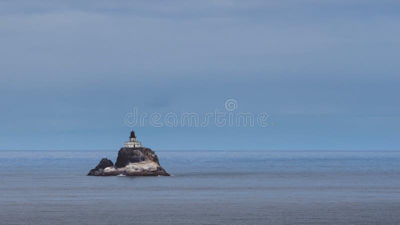 Tillamook-Felsen-Leuchtturm lizenzfreie stockfotos