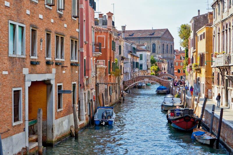 Tillbaka kanal i Venedig royaltyfri fotografi