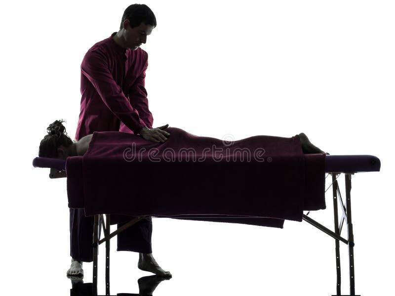 Tillbaka massageterapi royaltyfri bild