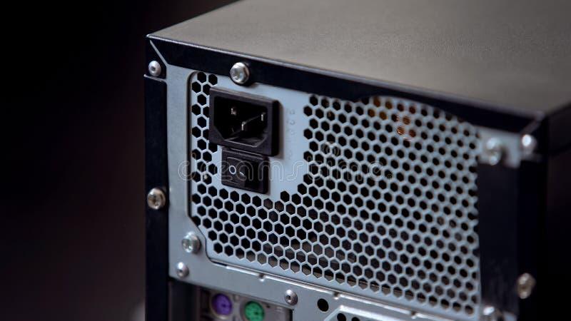 Tillbaka panel av ADB-systemkvarteret med maktknapp- och kontaktdonelektricitet royaltyfria foton