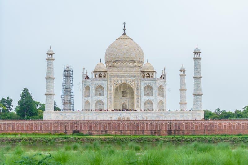 Tillbaka Taj Mahal, Agra, Indien royaltyfri fotografi