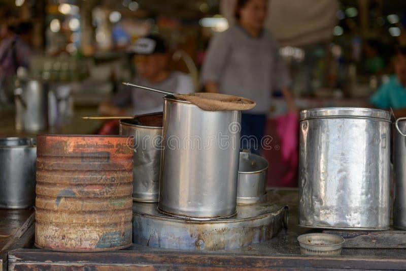 Tillbehör för att göra kaffe Thailand arkivbild
