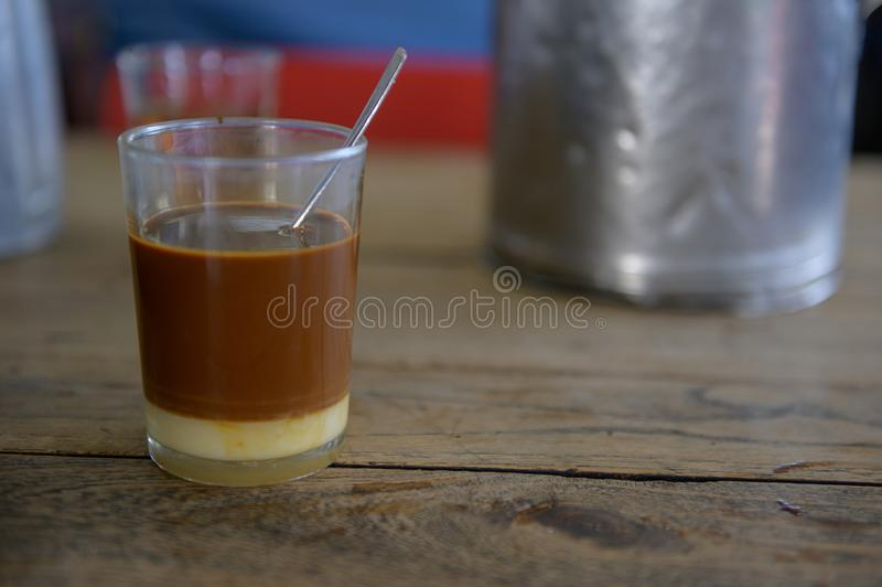 Tillbehör för att göra kaffe Thailand arkivbilder