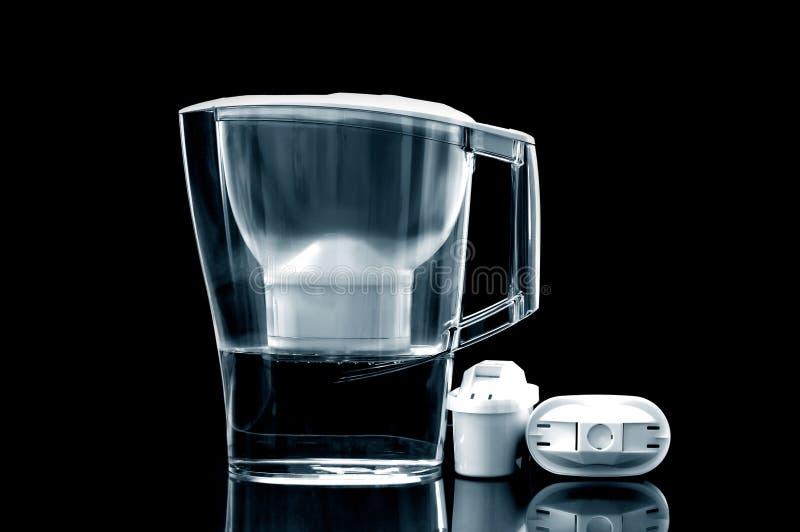 Tillbringare för filter för vitt vatten med extra- filter royaltyfri foto