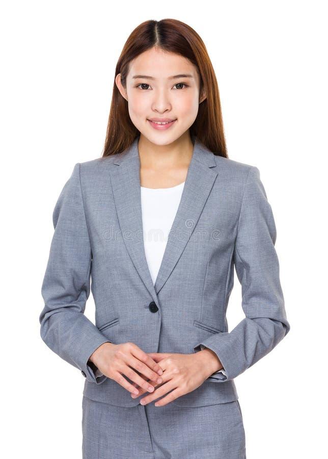 Tillfällig asiatisk affärskvinna royaltyfria bilder
