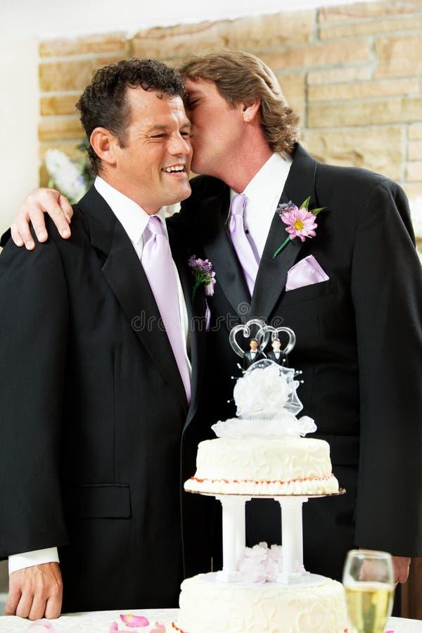 tillgivet glatt ögonblicksbröllop arkivfoto